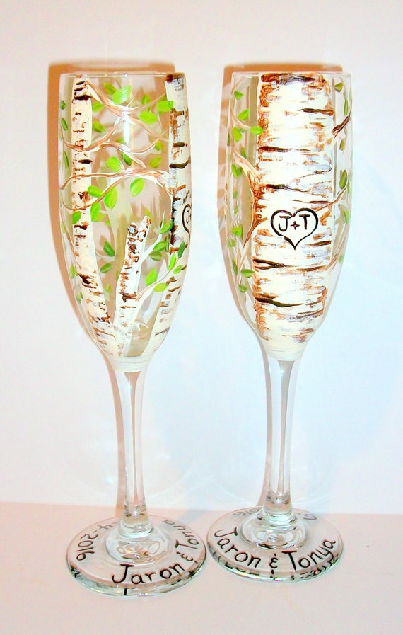 Aspen trees green leaf with heart and initials hand painted for Painted wine glasses with initials