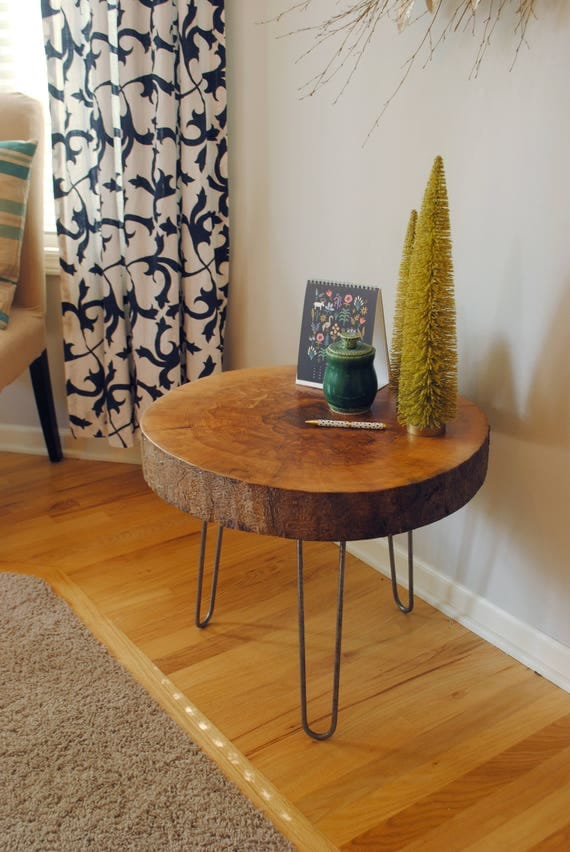 Live Edge Wood Table - Round Ash