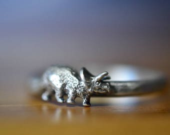 Silver Triceratops Ring, Silver Dinosaur Ring, Sterling Silver Ring, Personalized Gift, Custom Engraving, Cretaceous Era Prehistoric Jewelry