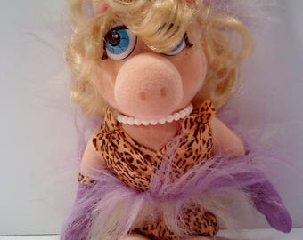 MUPPETS Miss Piggy Doll