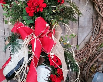 Christmas Ice Skating Wreath, Red Hydrangea Christmas, Christmas front door wreath, Christmas Decor, Country Christmas Wreath
