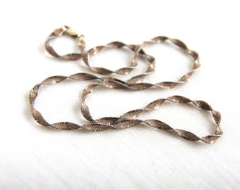 Sterling Silver Twisted Herringbone Chain 17 Inch 3mm Italian Necklace Vintage Thick Heavy Chain