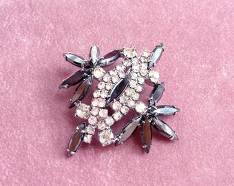 Antique Rhinestone Brooch Black and Clear Stones 1940 Retro