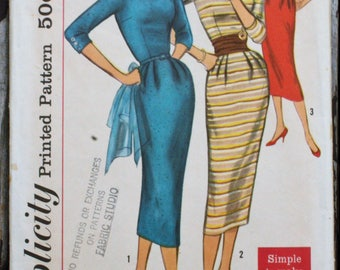 Simplicity 2153 1950s 50s V Neck Bateau Boat Scoop Wiggle Dress Cummerbund Vintage Sewing Pattern Size 12 Bust 32