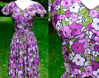 1960's Purple Floral Cotton Dress / Jonathan Logan Vintage Day Dress / Size 2