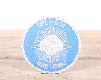 Vintage Scout Patch / 1980s Blue Silver Girl Scout Silver Award Patch / Girl Scout Patch / Boy Scout Patch / Grunge Patch