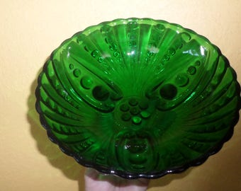 Green GLASS/Burble Glass/BOWL/Vintage/Anchor Hocking/3 Toed