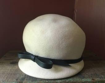 Vintage Glenover Henry Pollak Women's Felt Cloche Hat