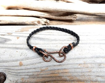 Black Braided Leather Bracelet Simple Leather Band Handmade Copper Clasp Bracelet Minimalist Jewelry Boho Gift Jewelry Made in Japan