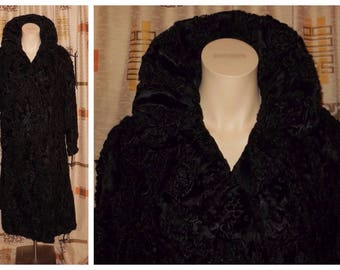 Vintage Fur Coat 1950s Long Black Broadtail Persian Lamb Fur Coat Satin Lining Large Standup Collar Must See! Astrakhan Boho Fur Coat M L