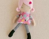 Tissu poupée chiffon poupée petite Mini poupée 12 pouces poupée avec des cheveux Rose, robe rose de mouton et des bottes