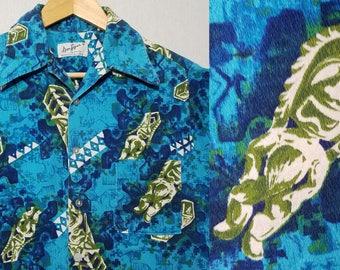 Vintage 1970s Hawaiian Shirt / S / Tiki Shirt / Barkcloth / Tapa / Mod / Mid Century / Kitsch / 1960s Hawaiian Shirt / 1960s Mens Fashion