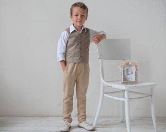 Boys waistcoat Boys wool vest Ring bearer vest Boys vest Wedding party outfit Toddler boy vest Boys clothes Family photo suit Page boy vest