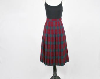 Vintage Scottish Wool Plaid Pleated Skirt by Edinburgh Made in Scotland 16