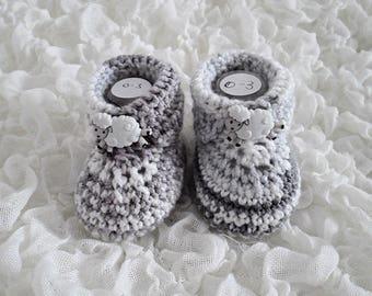 Baby Boots, Baby Booties, Crochet Booties, Grey And White Booties, Handmade Booties, Hand Crochet Booties, Sheep Booties, New Baby Gift