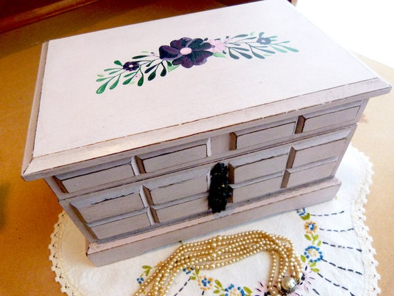Upcycled vintage musical wood jewelry box, hand painted, pink, shabby chic
