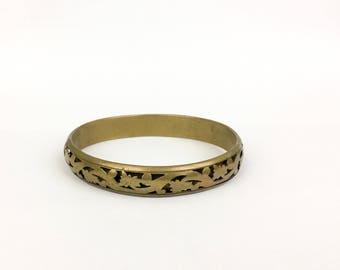Vintage Filigree Floral Cutout Bangle Bracelet Brass Gold Metal