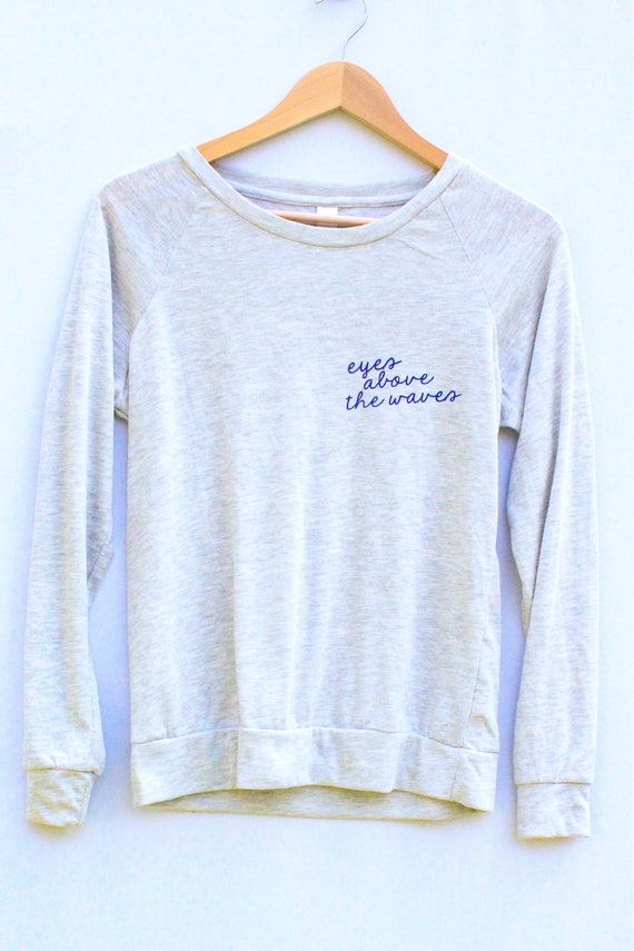 Eyes Above the Waves Lightweight Pullover