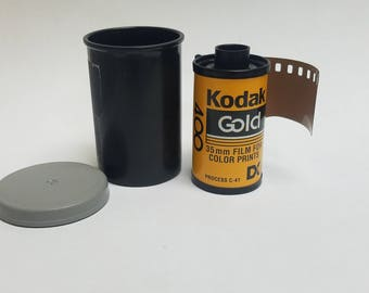 Expired 35mm Color Film  |  Single Roll | Kodak Gold 400 Roll 36 Exposure Film |  Great For Lomography  | Expired 1990s  |  400 ISO