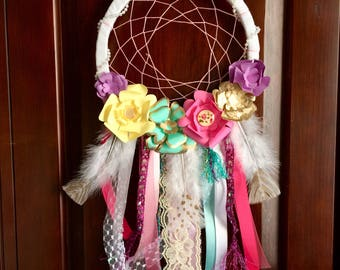 Flower and ribbon dream catcher. Paper flowers. Girls gift. Girls room decor. Dreamcathcer.