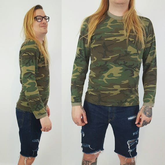 90's Distressed Long Sleeve Camo T-Shirt Medium Large - Camouflage Cotton Unisex Shirt - Olive Green Brown Classic Comfy Pocket Tee