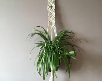 Ophelia • Macrame Plant Hanger