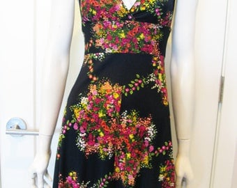 Vintage 1970's Floral Halter Mini Dress - Sz Small // XS
