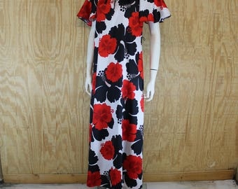 Vintage 1980's HILO HATTIE Giant Hibiscus Print Flutter Sleeve Hawaii Hawaiian Tiki Party Maxi Dress Medium Large M / L
