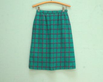 Vintage Pendleton Teal Plaid Skirt with pockets/ Women's Size 10 [Retro Cute Blue Pink Lined 100% Wool Classic Pencil Skirt ] 26 inch waist