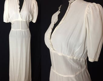 1940's Ivory Crepe Nightdress - Bust 38""