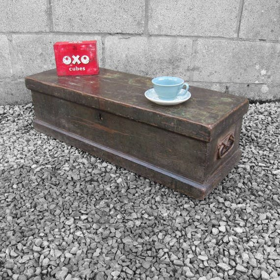 Rustic Storage Trunk Chest Coffee Table Work Mans Vintage Tools Box