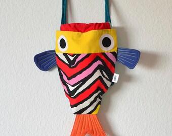 Fish string backpack - Lovely Kids backpacks.  Hot colors . Funny fishtail summer bag . Chicharros - Costurilla - PREORDER