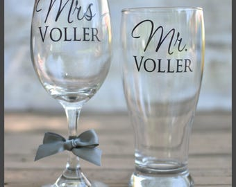 FAST SHIPPING-Personalized Bride & Groom Mr. and Mrs. Wedding Glasses - beer, wine