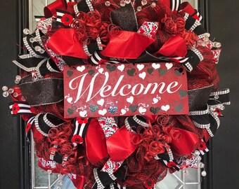 Valentine's Day Wreath, Red Wreath, Front door wreath, Wreath for door, Welcome Wreath, Outdoor Wreath, Deco Mesh Wreath, Everyday Wreath