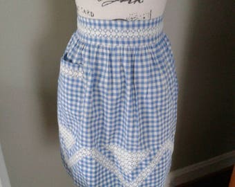 Vintage apron...Blue and white gingham....lace accents...side pocket