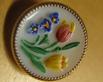 "1 French 1800's milk glass button, gold edge. Spring flowers;tulip, crocus and forget me nots. ""La Mode"" signed example , 18 mm dia. no.213"