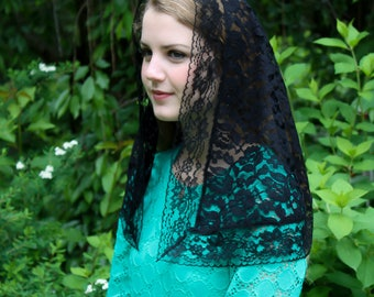 Evintage Veils~ Traditional Black Vintage Inspired D Shaped  Mantilla Chapel Veil (Soft)