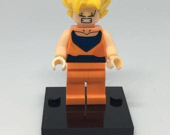 Dragon Ball Super Z Goku Gohan Vegeta Minifigure ~ ID Badge Holder ~ Retractable Reel ~ Belt Clip ~ Alligator Clip ~ Keychain ~ Nurse Doctor
