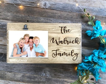 Family picture frame, Custom family frame, Family name frame, Newlywed picture frame, Personalized frame, Photo frame, Wood picture frame