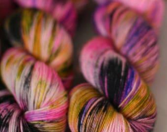 Ready To Ship -Attention Fiend - Speckled Yarn - Sock Yarn - Hand Dyed -Yarn - Merino - Nylon - Yarn - Knitting - BFL - Pink - Black