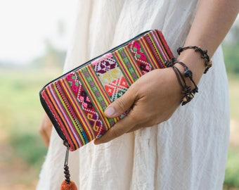 One of a Kind Vintage Women Wallet with Hmong Hill Tribe Embroidered, Boho Purse for Women, Women Purse from Thailand - WA301VC