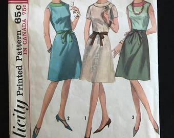 Simplicity 5996 - 1960s A Line Dress in Knee Length with Sleeveless or Short Sleeve Option - Size 16 Bust 36