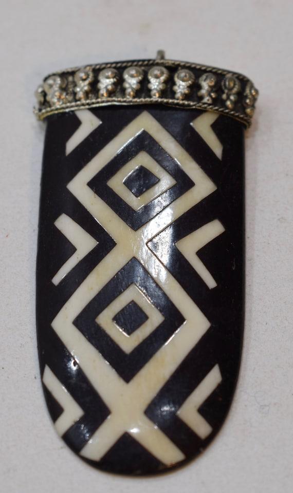 """Beads Batik Bone Silver Pendant Necklaces Batik Bone 4"""""""