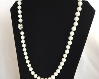 Vintage, Miriam Haskell, Milk Glass Beaded Necklace/1950s/Box Clasp