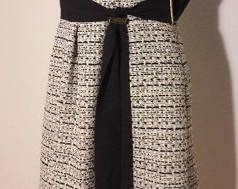 Elegant chanel style wool skirt