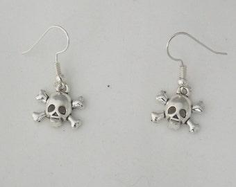 Skull and cross bones earrings, gothic pirate skull earrings gift, spooky Halloween earrings gift, sterling silver earrings