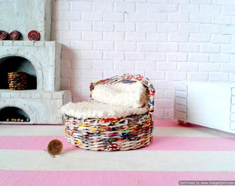 Sofa, bed for dolls. Wickerwork shop for Elsa frozen, bratz, blythe, ellowyne and other dolls. Round wicker bedroom for tiny doll.