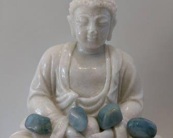 Aquamarine healing stone, reiki, throat chakra stone, spiritual stone