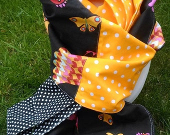long cotton scarf printed chickens, black and yellow