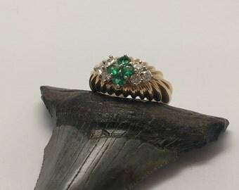 Vintage 14k Gold Emerald & Diamond Ring
